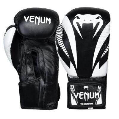 Перчатки боксерские кожаные на липучке Venum GIANT (черный-белый)